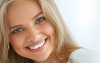Clareamento dental: quem deve fazer