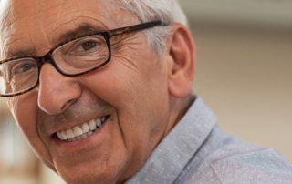 Implante dentário: Como é realizado o procedimento?